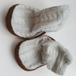 Other - Set of 3 INFANT BOOTIES, Carter, Zara, H&M